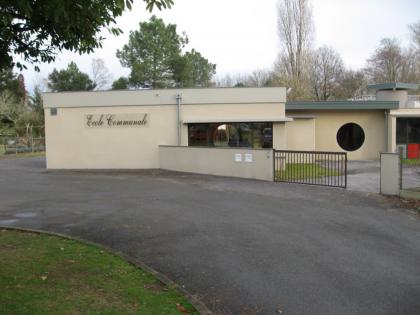 École communale <br/> Seyresse