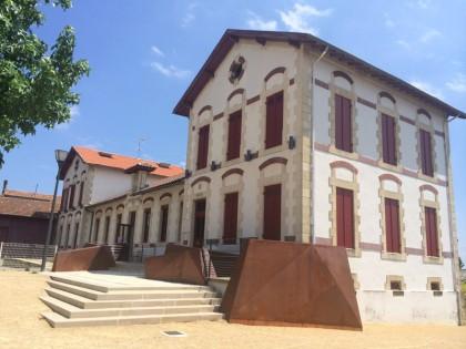 Mairie & Logements Sociaux  <br/>Poyanne